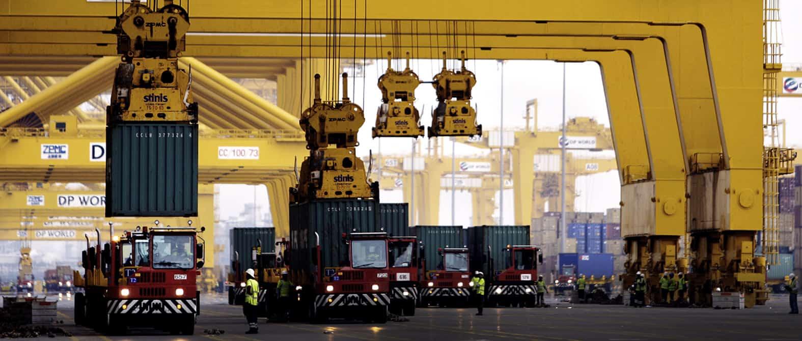 Ship to Shore Crane Spreaders